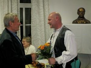 Vereinsvors Scneider und Jörg Tausch